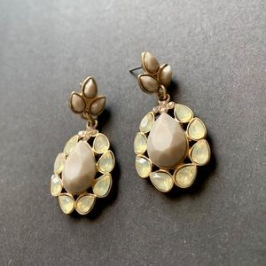 Jewelry - Rhinestone earrings